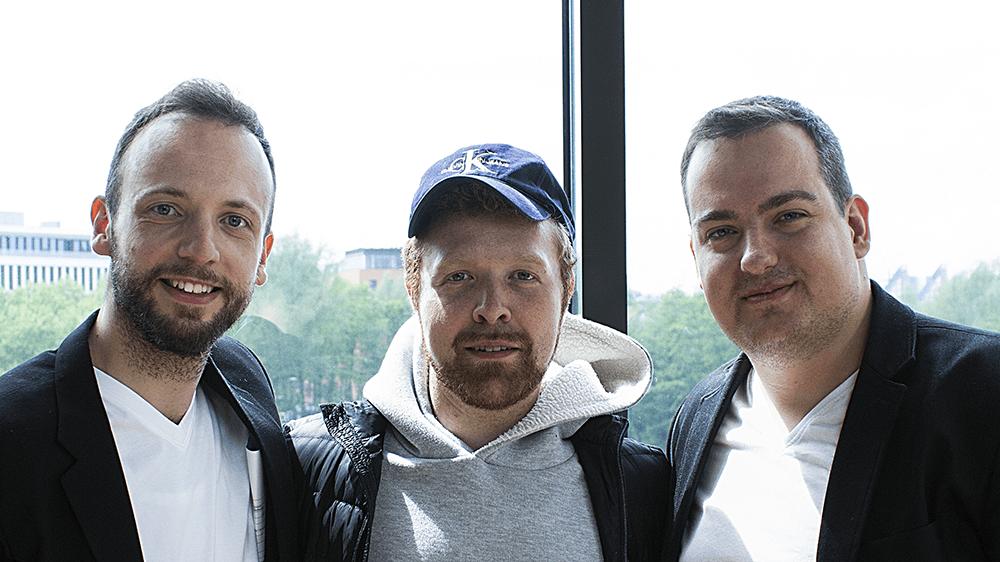 Slobodan Zlatanović, David Newman, Janis Hau am Mediapark Köln, nach den Aufnahmen zum Testimonal zum Branding-Coaching