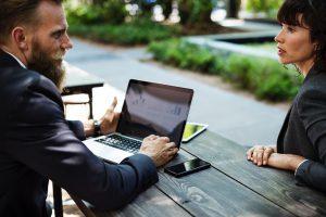 Auftrag annehmen oder ablehnen? 7 Dinge die Du berücksichtigen solltest